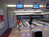 Dueling bowlers