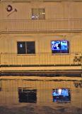Houseboat 7894.jpg