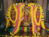 Abeshta Varadhar with Nachiyars.JPG
