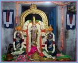 ( Vijaya Vardam New Year 1st album) Kanchi Sri Mukunda Nayagan ( Thiru Velukkai ) Sri Vijaya Tamil New year Uthsavam