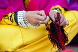 Hands weaving