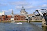 16_Millennium Bridge and St Paul.jpg