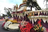 61_Post Parade.jpg