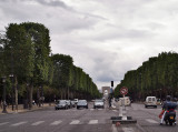 des Champs-Élysées - Looking towards the Arc de Triomphe