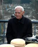 Stylish bread seller in Taoshan