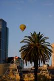 6917 Balloon Over the Princess Theatre