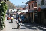 Avenida  'Los Arboles'