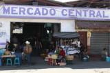 Entrada Principal del Mercado Local