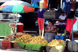 El Mercado de Mixco es Famoso por su Fruta y Chicharrones