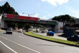 El Puente Mateo Flores Señala el Ingreso al Parque Central