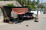 Ventas Varias en la Calle Principal