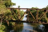 Puente Abandonado del Tren a la Entrada de la Ciudad