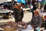 Vendedores de Pan en la Plaza Central