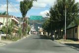 Calle de Ingreso Desde Santa Cruz del Quiche