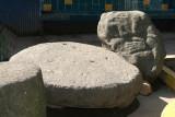Piezas Arqueologicas en el Parque Central