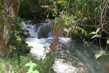 Rio Azul, Proximo  a la Aldea del Mismo Nombre
