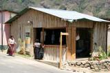 Lugar de Fabricacion y Venta de Articulos Tipicos