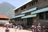 Salon Municipal y Ventas del Mercado Local