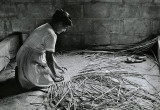 Maria Suyapa Making Straw Mat