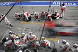 McLaren Mercedes pitstop