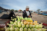 Peddler selling corns _CWS7537.jpg
