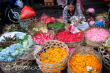 Florist at Ubud market _CWS7709.jpg