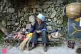 Zhuang elderly seller in Ping An