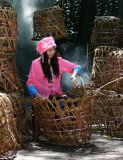 Weaving Baskets (30 May 10)