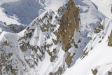 Climbers on Cosmiques hor, much fresh snow