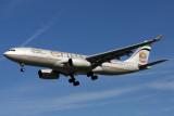 ETIHAD AIRBUS A330 200 LHR RF IMG_3697.jpg