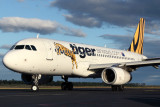 TIGER AIRWAYS AIRBUS A320 HBA RF IMG_0030.jpg