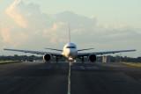 QANTAS BOEING 767 300 SYD RF IMG_3870.jpg