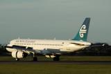 AIR NEW ZEALAND AIRBUS A320 SYD RF IMG_3869.jpg
