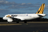 TIGER AIRWAYS AIRBUS A320 HBA RF IMG_4525.jpg