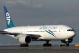 AIR NEW ZEALAND BOEING 777 200 KIX RF IMG_5320.jpg