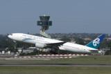 AIR NEW ZEALAND BOEING 777 200 SYD RF IMG_4709.jpg