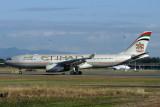 ETIHAD AIRBUS A330 200 BNE RF IMG_6424.jpg
