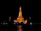 Wat Arun (Temple of the Dawn), night