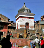 Neighborhood stupa
