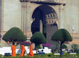 monks patuxai.jpg