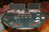 La table de la finale de Poker lors d'une soirée au chalet La Colombe