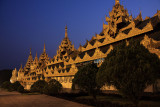 Nightfall at the Shwedagon