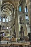 16 Choir Crossing and South Transept D3005189-93.jpg
