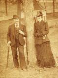 Uncle John and Aunt Ef Sumner.jpg