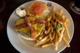 Gordon Biersch Cheeseburger