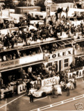 PITSTOP FOR THE PORSCHE 917K OF ATTWOOD-HERRMANN - WINNER LE MANS 1970.jpg