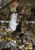 Jackets F Lawal slams over Spartans F Sellers