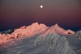 Boston & Sahale Under A Rising Moon  (SahaleBoston120109-13adj.jpg)