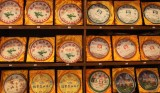Pu'er Tea For Sale, Kunming  (card3x1-033010_100adj.jpg)