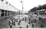 1921 - Swimmers at Smith's Casino